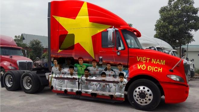 Xe tai hang nang co vu U23 Viet Nam truoc them chung ket hinh anh 1