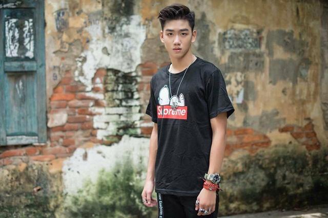 10X duoc menh danh 'nam than' truong Nguyen Binh Khiem la ai? hinh anh 1