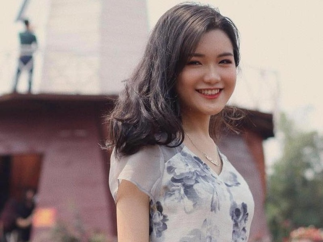 Nhan sac cua nu sinh thanh lich truong Nguyen Binh Khiem hinh anh