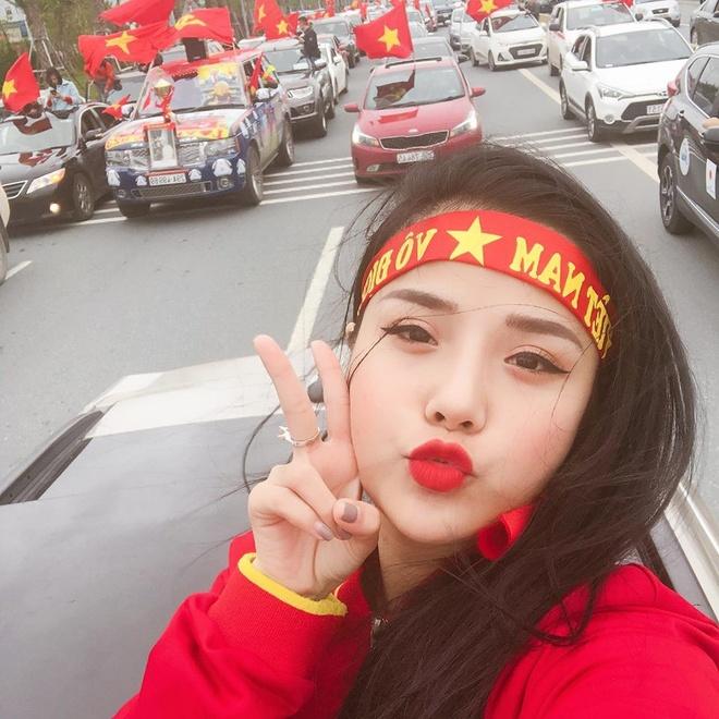 Ban gai tin don cua thu mon Dang Van Lam la ai? hinh anh 9