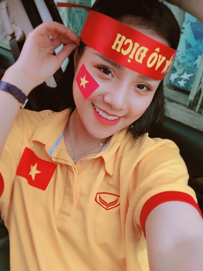 Ban gai tin don cua thu mon Dang Van Lam la ai? hinh anh 7