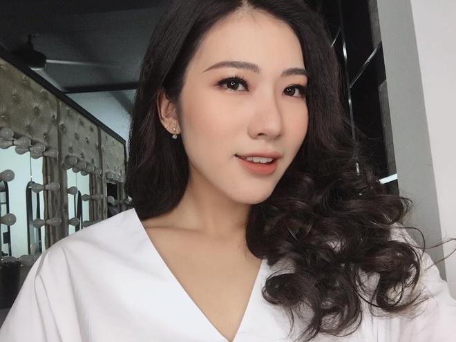 Hoa khoi Bao chi cao 1,75 m: 'An tuong voi ban trai hon minh' hinh anh 4