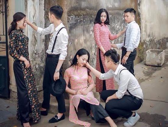 Teen Thanh Hoa chup anh ky yeu phong cach 'Co Ba Sai Gon' hinh anh