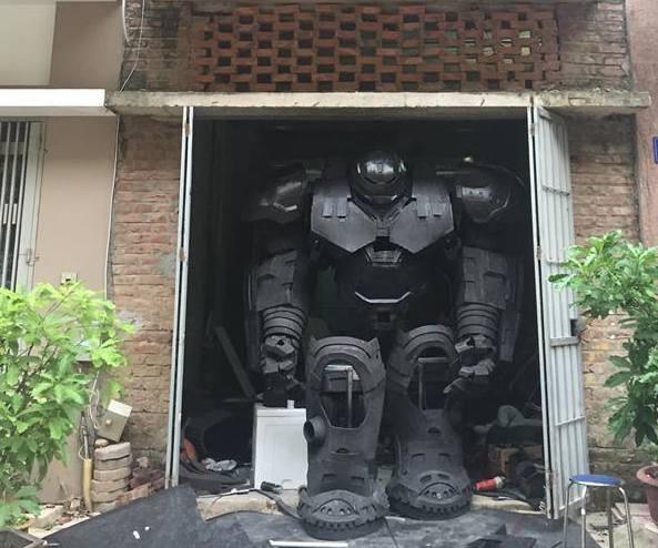 Mo hinh robot khong lo cao 3 m gay choang ngop tai Viet Nam hinh anh 1