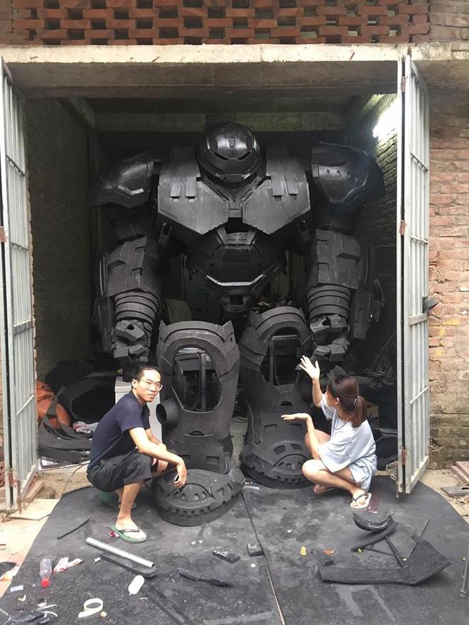 Mo hinh robot khong lo cao 3 m gay choang ngop tai Viet Nam hinh anh 2