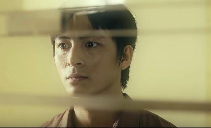 Nam chinh trong MV 'Duyen minh lo' cua Huong Tram hinh anh
