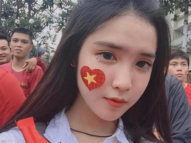 10X lai Viet - Trung duoc chu y sau buc anh co vu U23 Viet Nam hinh anh