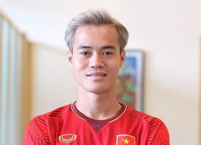 Anh che Olympic Viet Nam nhuom toc bach kim giong Van Toan hinh anh 1