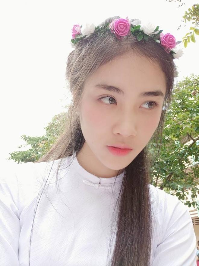 Hoa khoi Sai Gon 'cuong' mau xanh la, van F.A, la fan EXO hinh anh 7