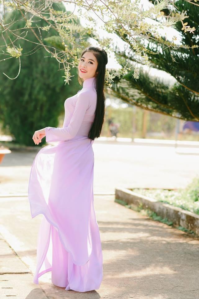 Hoa khoi Sai Gon 'cuong' mau xanh la, van F.A, la fan EXO hinh anh 5