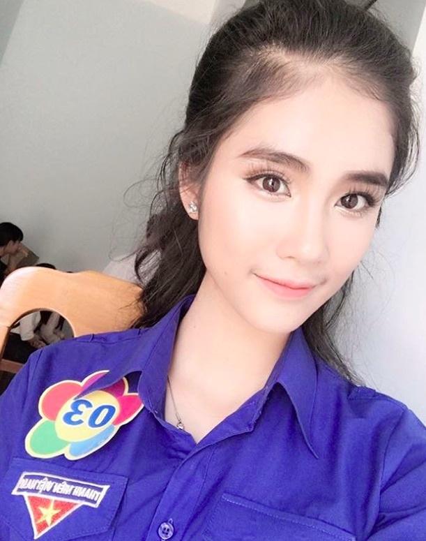 Hoa khoi Sai Gon 'cuong' mau xanh la, van F.A, la fan EXO hinh anh 10