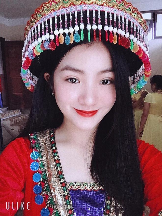 Nữ sinh được nhiều người tìm kiếm là Nguyễn Thu Uyên, sinh viên khoa tiếng Trung, trường Cao đẳng Sư phạm Lạng Sơn.Ảnh:FBNV.
