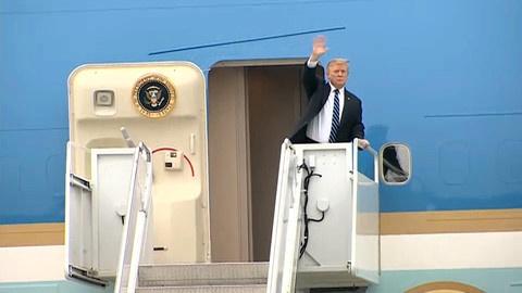9X tang hoa tien ong Trump duoc hoa hau Ngoc Han tu van trang phuc hinh anh 1