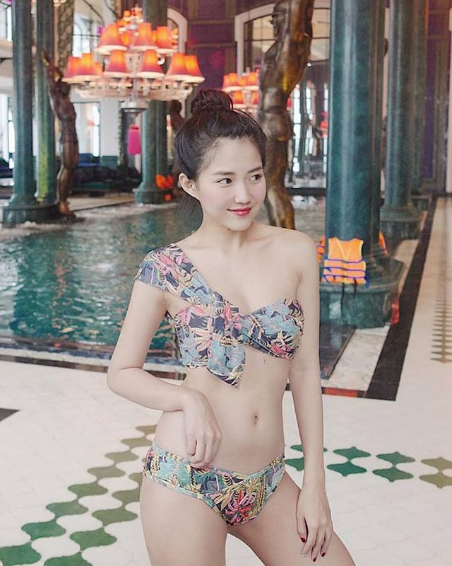 hot girl Viet mac bikini anh 4