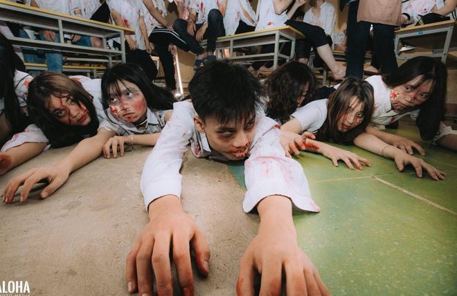 Teen Ha Noi gay tranh cai khi hoa trang thanh zombie chup anh ky yeu hinh anh 5