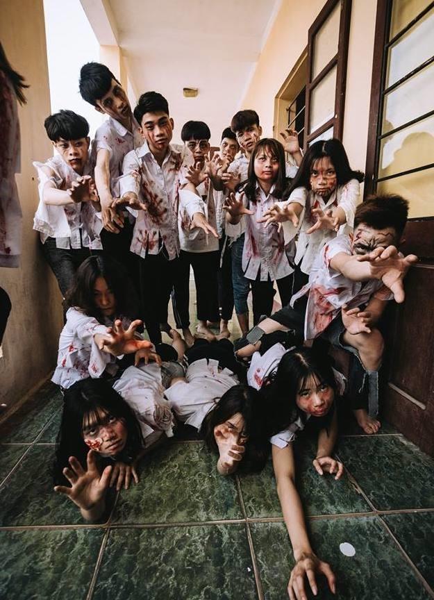 Teen Ha Noi gay tranh cai khi hoa trang thanh zombie chup anh ky yeu hinh anh 7