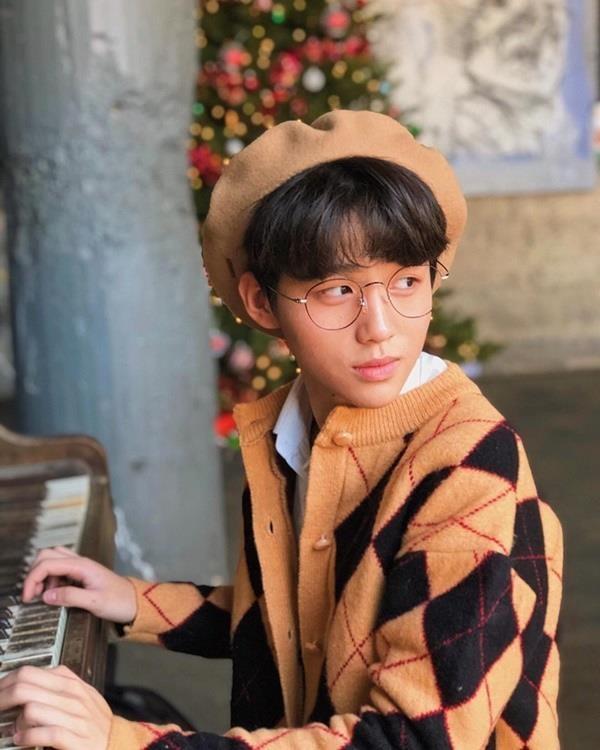 Em trai rich kid Trinh Hoang co cuoc song sang chanh khong kem chi gai hinh anh 10