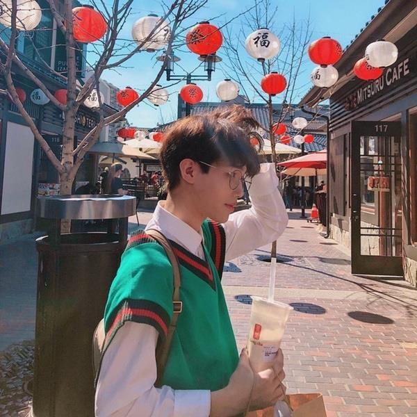 Em trai rich kid Trinh Hoang co cuoc song sang chanh khong kem chi gai hinh anh 3