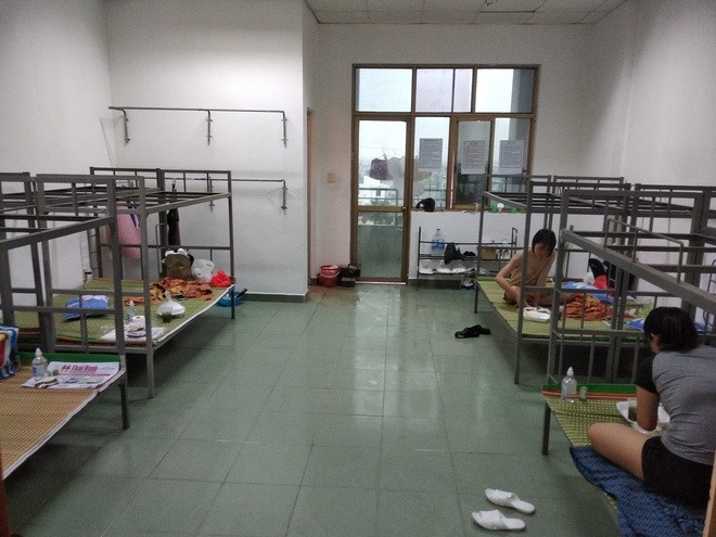 Tap the lop tai DH Y Duoc Thai Binh viet don xin tham gia chong dich hinh anh 5 124109_91211634_938169456638335_6331602008503484416_n.jpg