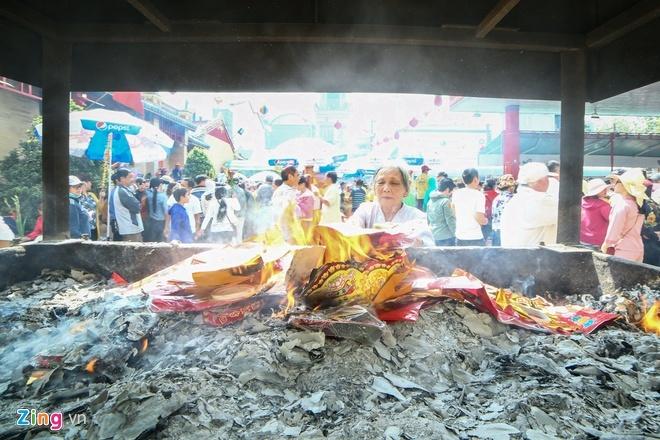 Giai nghia cac le vat dung de cung ong Cong ong Tao hinh anh 2 h2.jpg