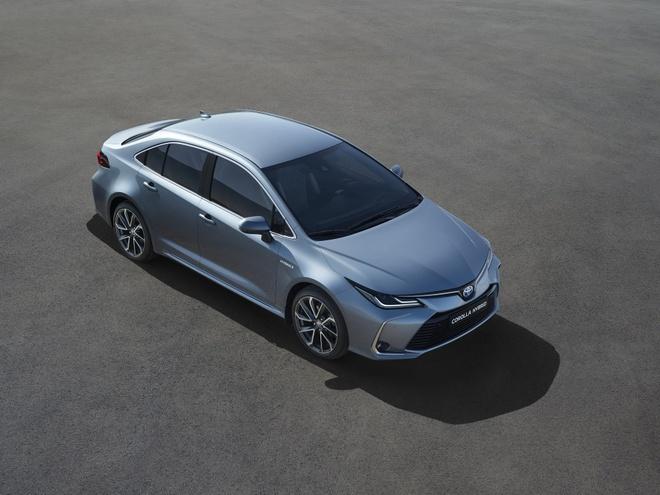 Toyota Corolla sedan 2020 ra mắt - trẻ trung, góc cạnh hơn