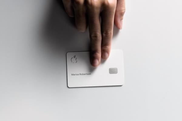 Apple Card - mon do thoi trang thay the ky nguyen iPod hinh anh 1