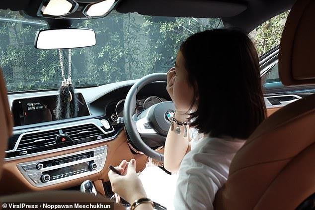 Vlogger Thai mua BMW 7 Series mung sinh nhat 12 tuoi hinh anh 6