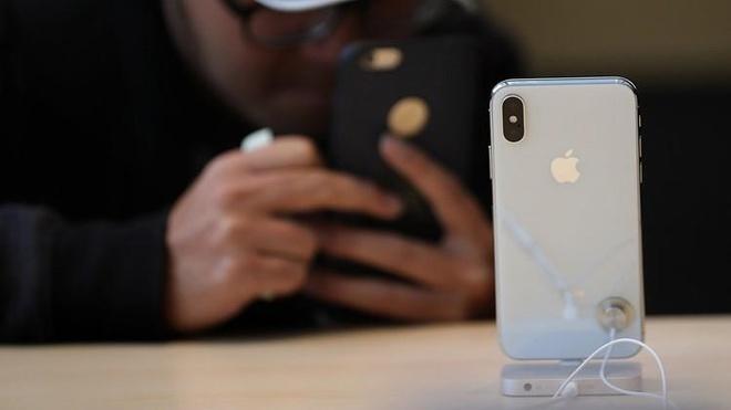 Nhóm tội phạm lừa đảo chiếm đoạt số iPhone trị giá 19 triệu USD