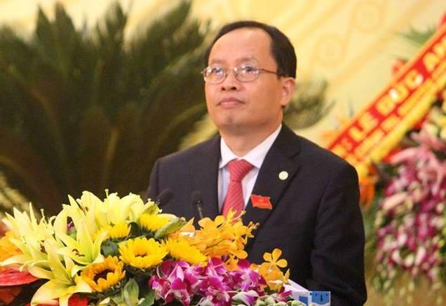 Hang loat dia phuong co nhan su moi hinh anh 1 Ông Trịnh Văn Chiến tiếp tục tái đắc cử Bí thư Tỉnh ủy Thanh Hóa.