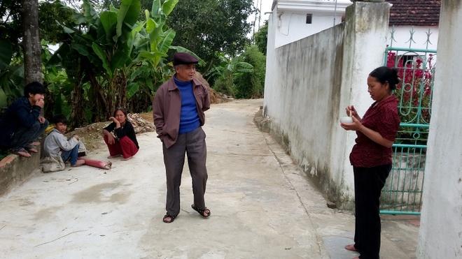 Noi chi co nguoi gia va tre em hinh anh 3 Người trẻ bỏ xứ đi làm ăn xa, ở Thiệu Giao chỉ còn lại hình ảnh quen thuộc là người già và trẻ nhỏ. Ảnh: Nguyễn Dương.