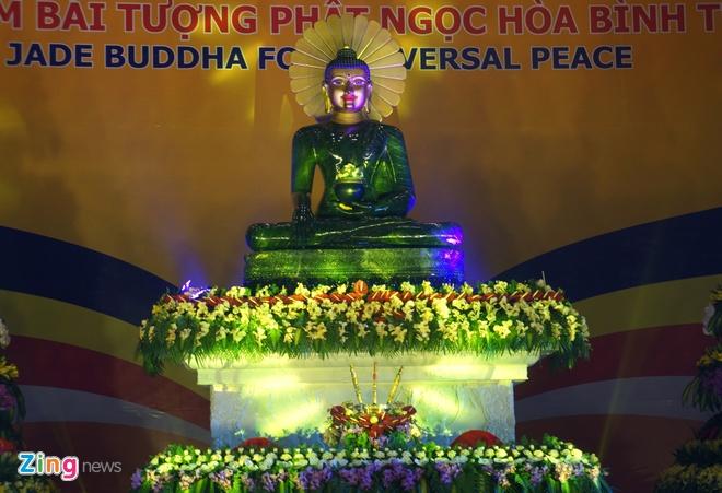 Dua tuong Phat ngoc lon nhat the gioi ve Ninh Binh hinh anh 1