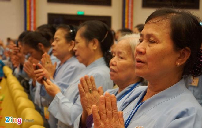 Dua tuong Phat ngoc lon nhat the gioi ve Ninh Binh hinh anh 3
