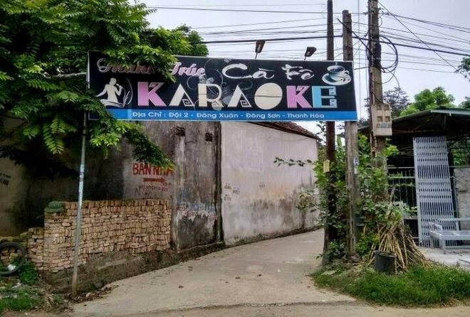 Doat mang ban vi mau thuan luc hat karaoke hinh anh 1