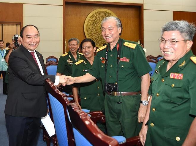 Thu tuong gap mat Hoi truyen thong Truong Son - Duong Ho Chi Minh hinh anh