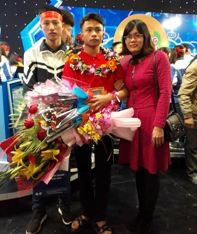 Nam sinh xu Thanh chia se bi quyet dat diem 10 Lich su hinh anh 3