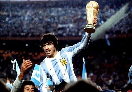 Chien thang 6-0, Argentina lan dau vo dich World Cup nho 'mua do'? hinh anh