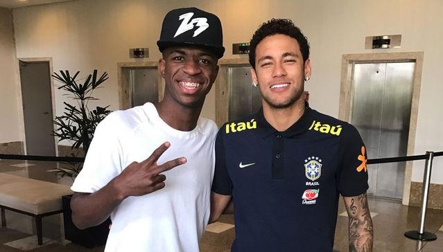 Real chi 260 trieu euro de mua Neymar ve ben canh Ronaldo? hinh anh 1