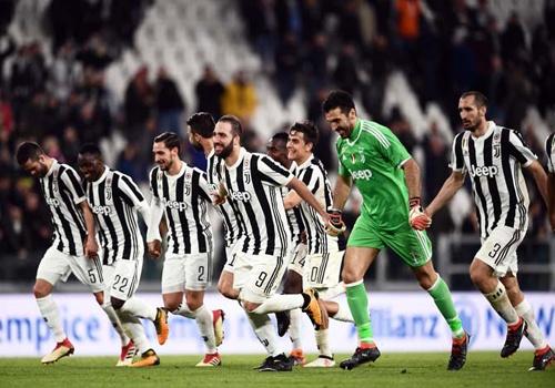 Juventus - quyen luc tuyet doi tai Italy hinh anh