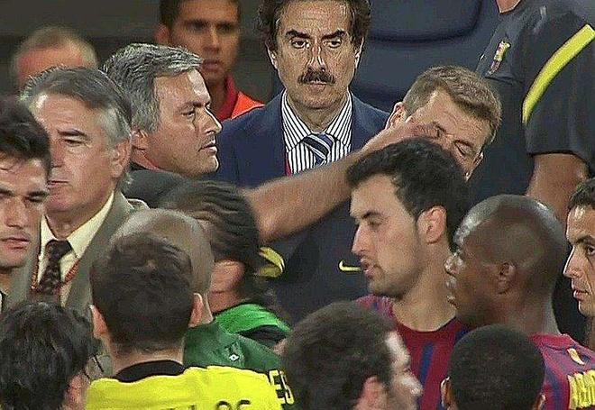 Jose Mourinho va that bai o diep vu chong lai ca the gioi hinh anh 4