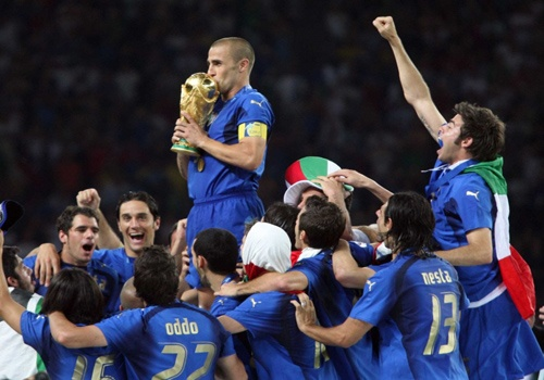 World Cup 2006: Italy va chuc vo dich truoc vanh mong ngua hinh anh