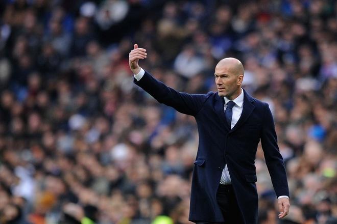 Zidane: Tu thu phuc Ronaldo den 'vi dai nhat the gioi' hinh anh 1