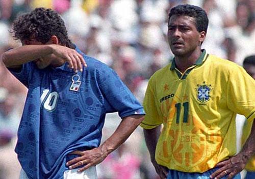 Roberto Baggio va cu da luan luu nghiet nga tai World Cup 1994 hinh anh
