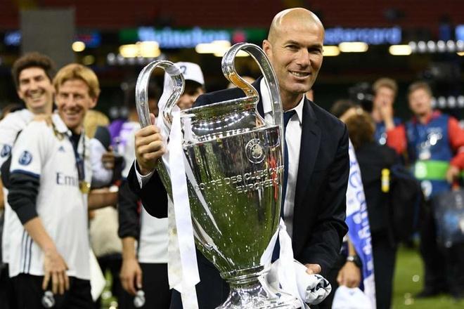 Zidane: Tu thu phuc Ronaldo den 'vi dai nhat the gioi' hinh anh 2
