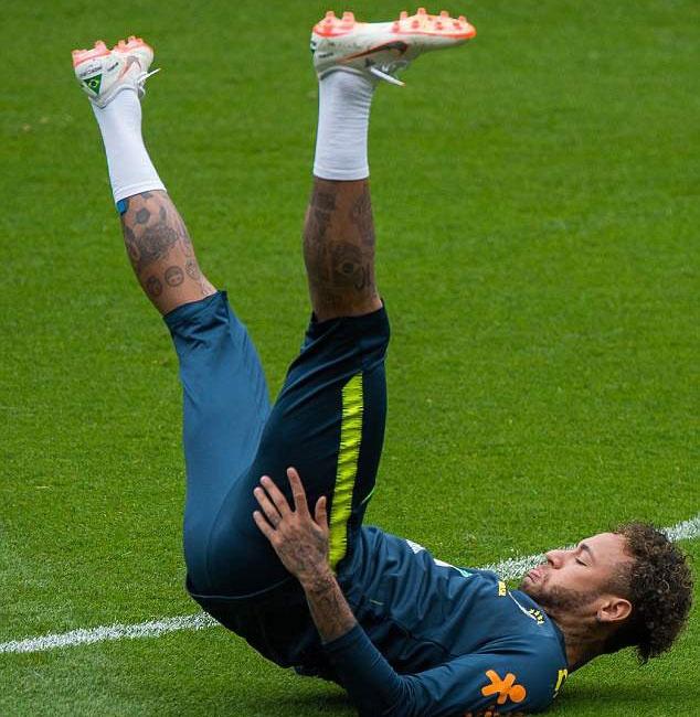 Fan Brazil tho phao khi Neymar tro lai,  DT Brazil anh 4