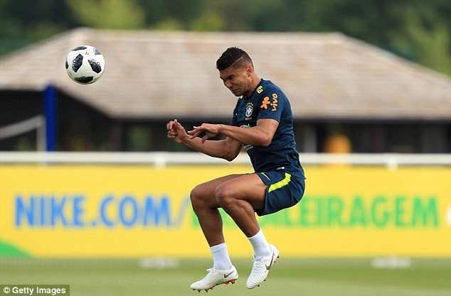 Neymar tai phat chan thuong truoc World Cup hinh anh 7