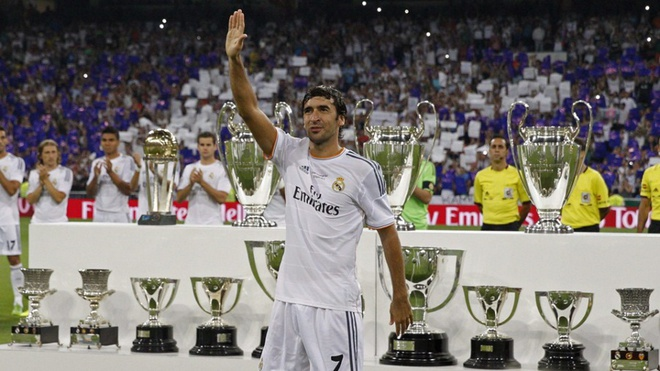 Real don duong cho Raul tro thanh HLV truong giong Zidane? hinh anh 3