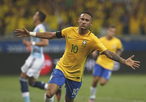 Brazil gap Thuy Si: Neymar va con 'mua gon' bung sang World Cup? hinh anh