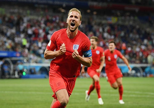 Harry Kane: That bai, kho luyen, bung sang World Cup va so ke Ronaldo hinh anh