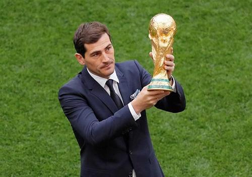 Casillas mia mai Ronaldo an mung qua lo tai World Cup hinh anh