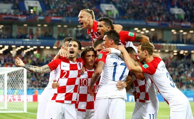 Argentina gap Croatia va 'cai chet' cua Lionel Messi hinh anh 3